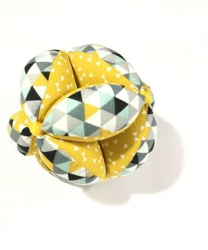 pelota montessori amarilla figuras