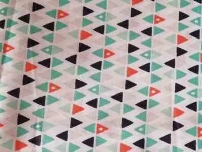 Triángulos naranja-mint
