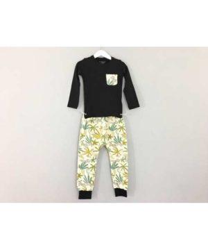 Conjunto pantalón-camiseta